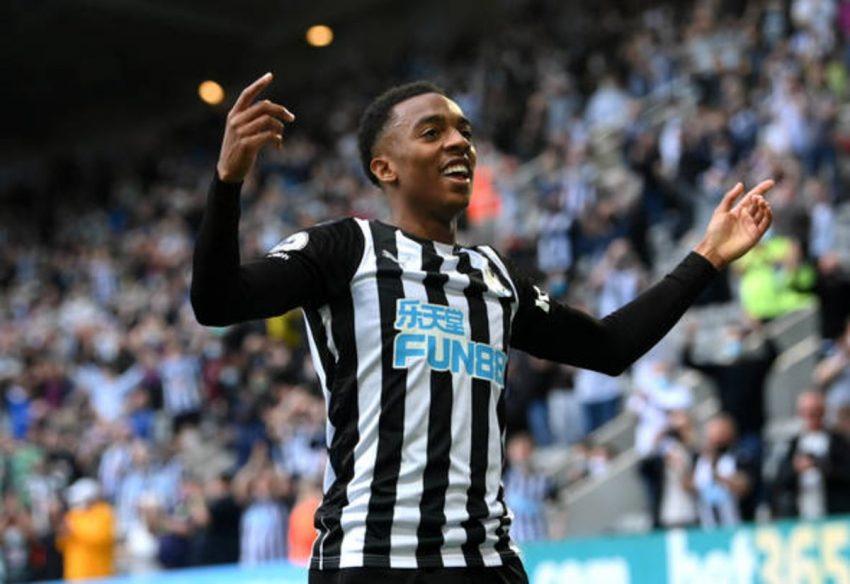 Newcastle United menyerahkan pembaruan transfer Arsenal atas dua kesepakatan