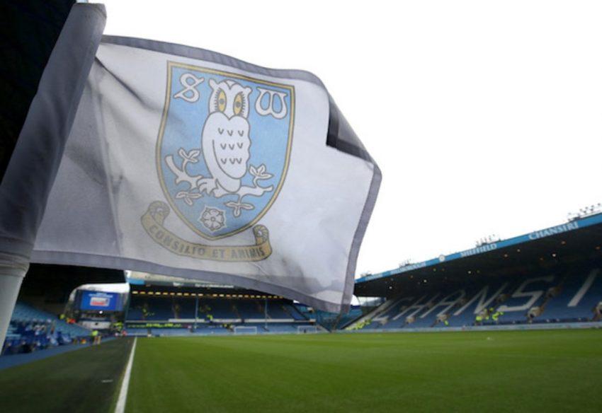 Sheffield Wednesday membuka pembicaraan untuk menandatangani bek yang diinginkan oleh Cardiff City